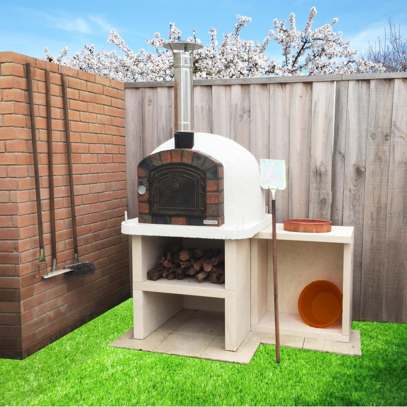Great Outdoor Kitchen Complete With Pizza Oven: XclusiveDecor Manufacturer